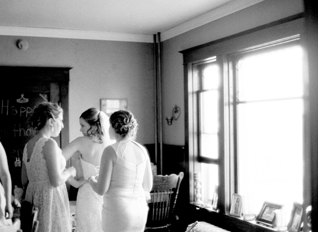 Amanda Nippoldt Photography, Destination Photographer, Film Photographer, Minnesota Wedding Photographer, Amanda Nippoldt